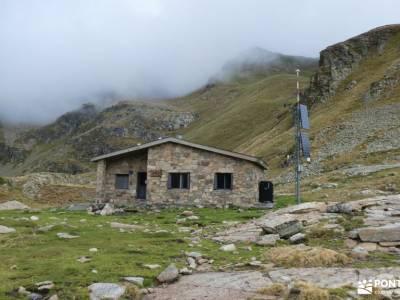 Andorra-País de los Pirineos; federacion española de senderismo seguro federacion montaña federarse